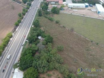 Terreno 12,500 v2 por Desvío Opico sobre Panamericana