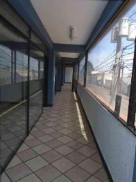RENTA OFICINA COMERCIAL ZONA 11 COL. TOLEDO