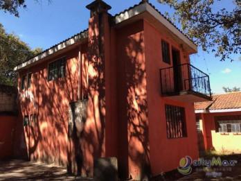 Casa en venta en las Hojarascas San Cristobal Mixco