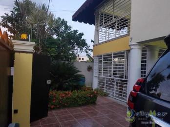 Hermosa casa en San Isidro en Venta