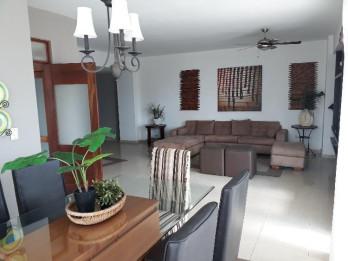 Vendo Apartamento Amueblado en Av. Mexico con 222 Mt2