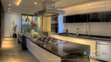 Espectacular GARDEN-HOUSE en Preventa 626m2 Bosque Real