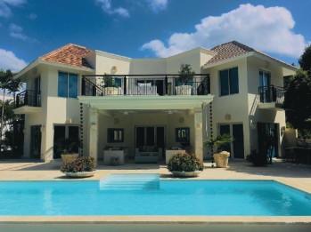 Casa en venta amueblada, Tortuga Bay, Punta Cana