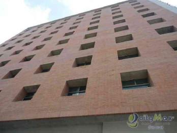 Alquilo Oficina con 93.80m2 en Condado El Naranjo