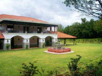 Venta de terreno en residencial exclusivo de Antigua.