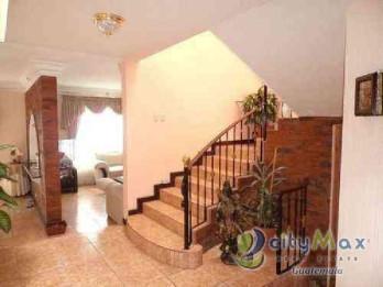 Se vende casa en Pinares de San Cristobal