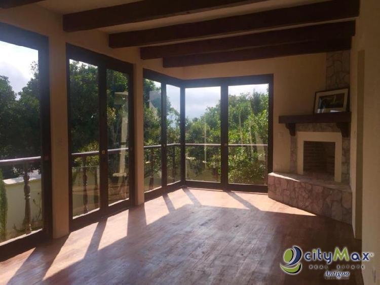 Venta y renta de casa residencial En San Miguel Dueñas