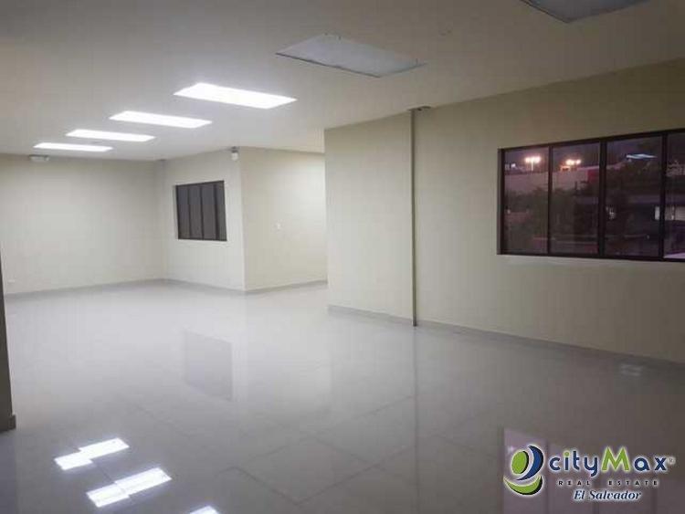 Alquilo oficina en San Benito de 40 metros