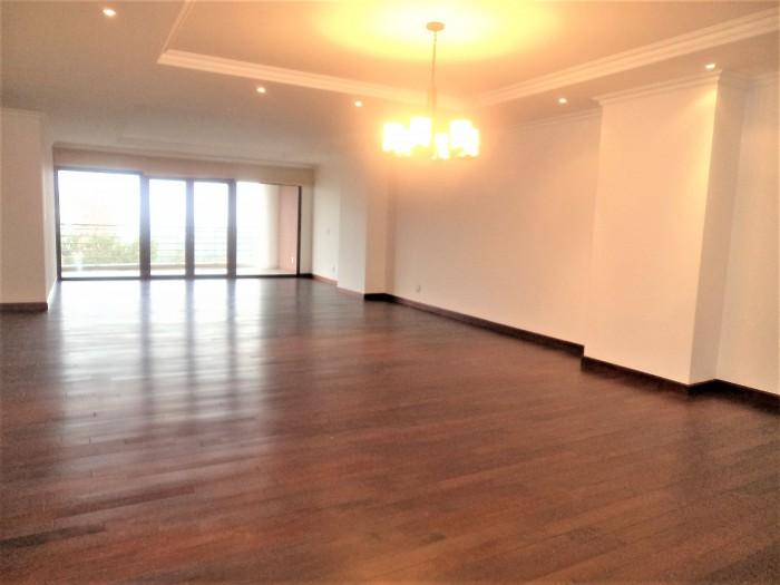 Alquilo Apartamento con 308.00m2 en Zona 14