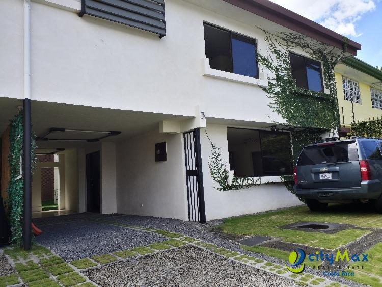 Casa en alquiler en Escazú centro, San José Costa Rica!