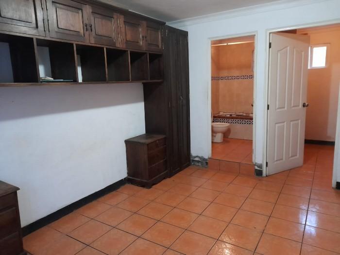 Casa en renta Jocotenango fuera de residencial