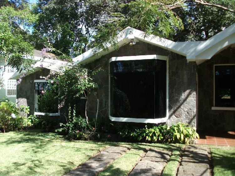 Casa en venta condominio Yatch Club de Atitlan