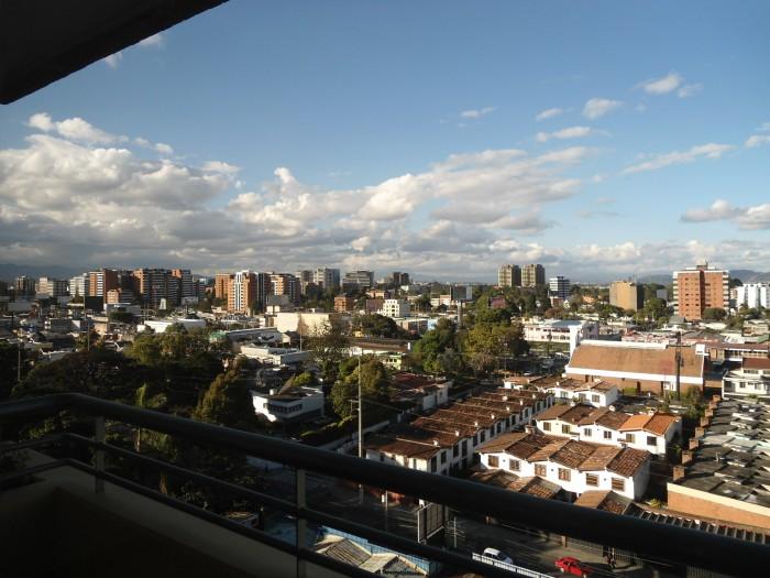 Alquilo Apartamento con 160Mts en Zona 10 Guatemala