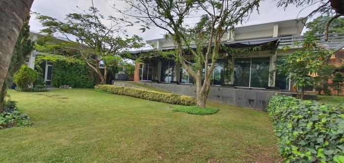 Lujosa Residencia en Renta en Kanajuyu Zona 16