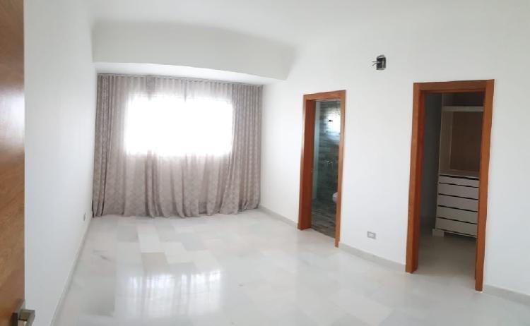 En Venta Apartamentos de 3 Hab, en La Esperilla