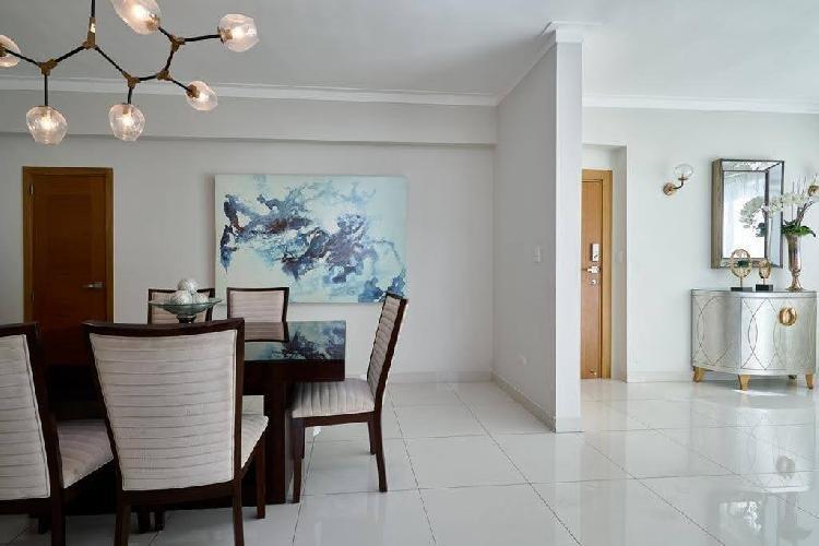 Apartamento totalmente amueblado en renta y venta, Naco