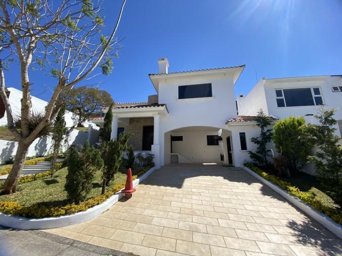 Casa en Venta en Entrada a Fraijanes Km 20.5 Guatemala