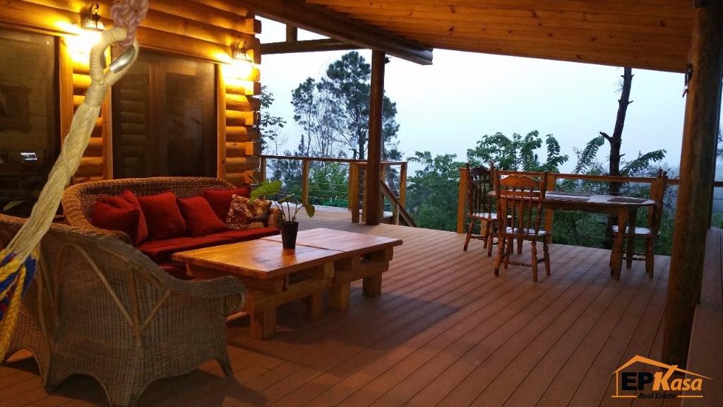 Villa de venta con vista al pueblo de Jarabacoa