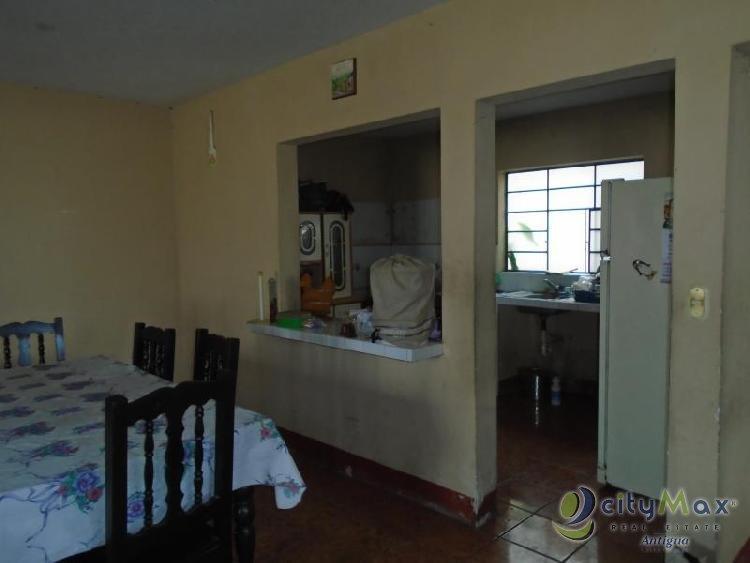 CityMax Antigua venta de casa en Chimaltenango!