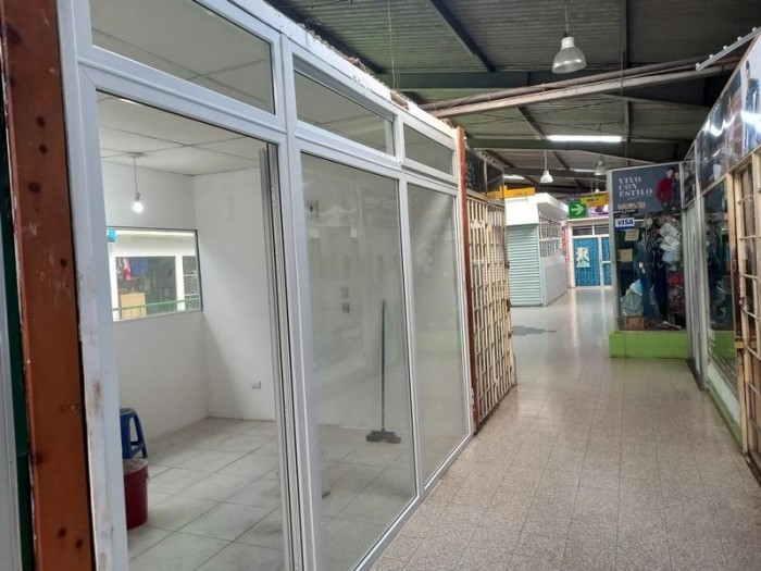 Local Comercial en Venta Metamercado Mixco San Juan