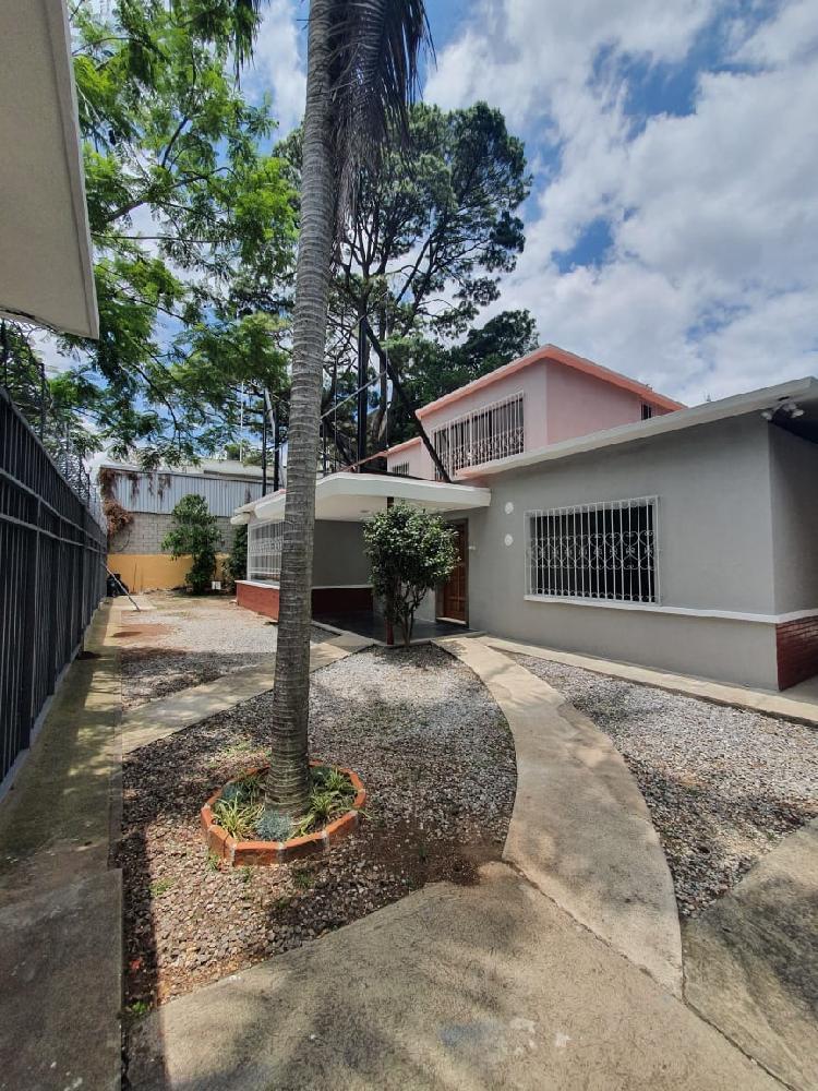 Alquiler de Casa en zona 9 para oficinas
