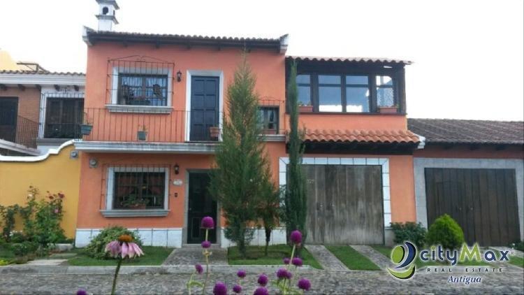 Casa en venta  en Jocotenango Bella Vista