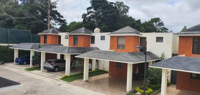 Casa en Venta Las Bellotas Fraijanes