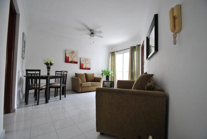 Apartamento Amueblado en Alquiler, en Arroyo Hondo