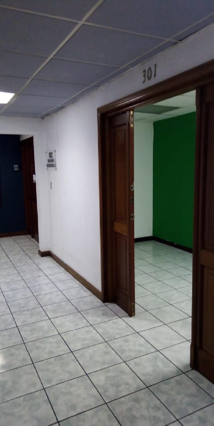 OFICINA TABICADA DE VARIOS AMBIENTES EN RENTA ZONA 10