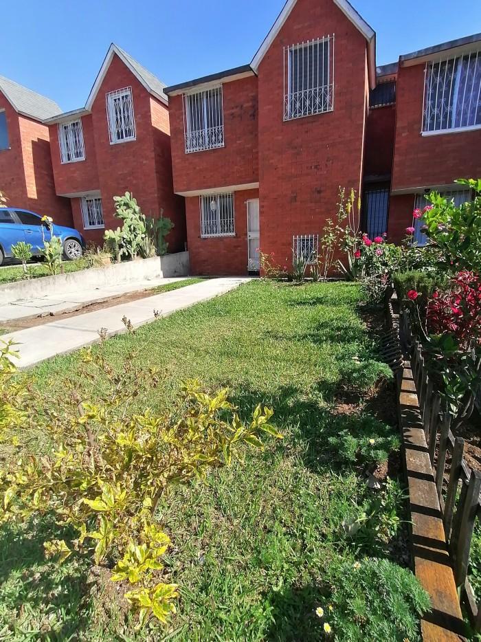 Casa en Renta zona 21 condominio Lomas de San Fermín