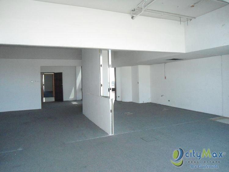 Rento Oficina en Edificio Ilumina Zona 11