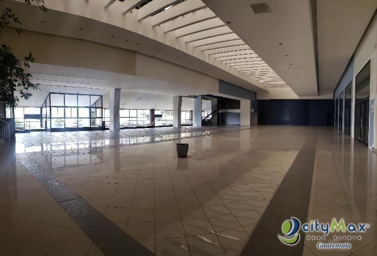 Rento local en Plaza de zona 10 Guatemala