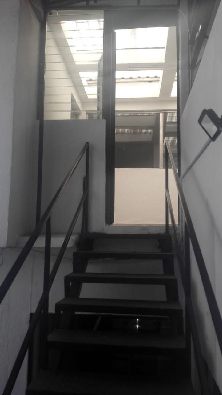 Oficina en Renta en zona 10 sector de Oakland