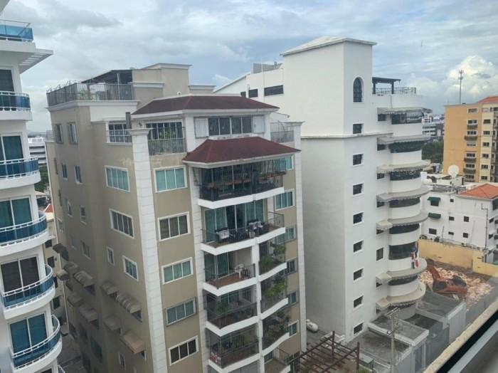 Apartamento Amueblado En Alquiler en Serralles