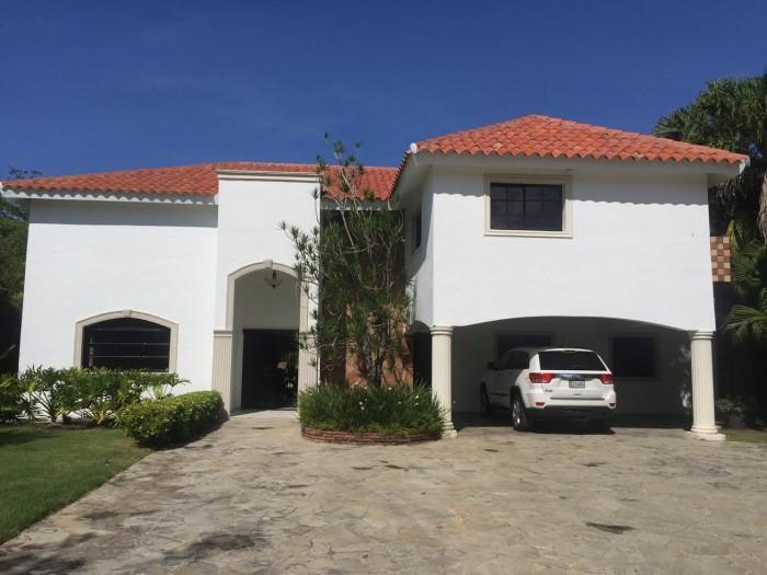 Villa en Venta en Metro Country Club, Juan Dolio