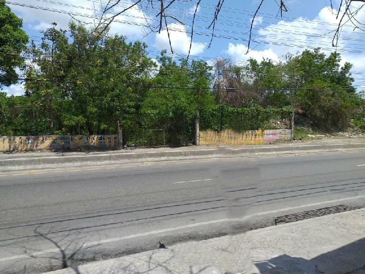 Terreno en Venta  para inversion en Santo Domingo Este