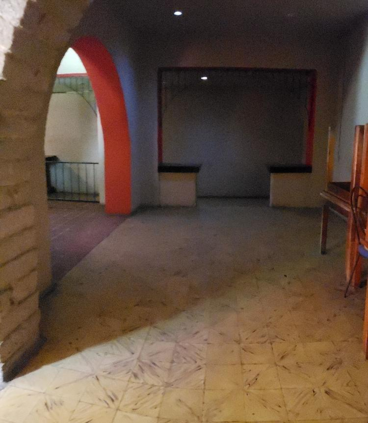 Casa de uso de suelo comercial en renta en Xela