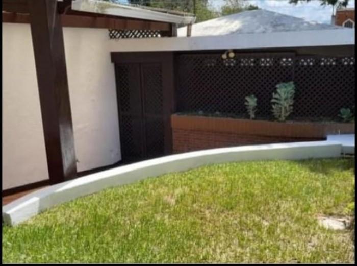 Vendo o Rento hermosa casa en excelente ubicación Z. 15