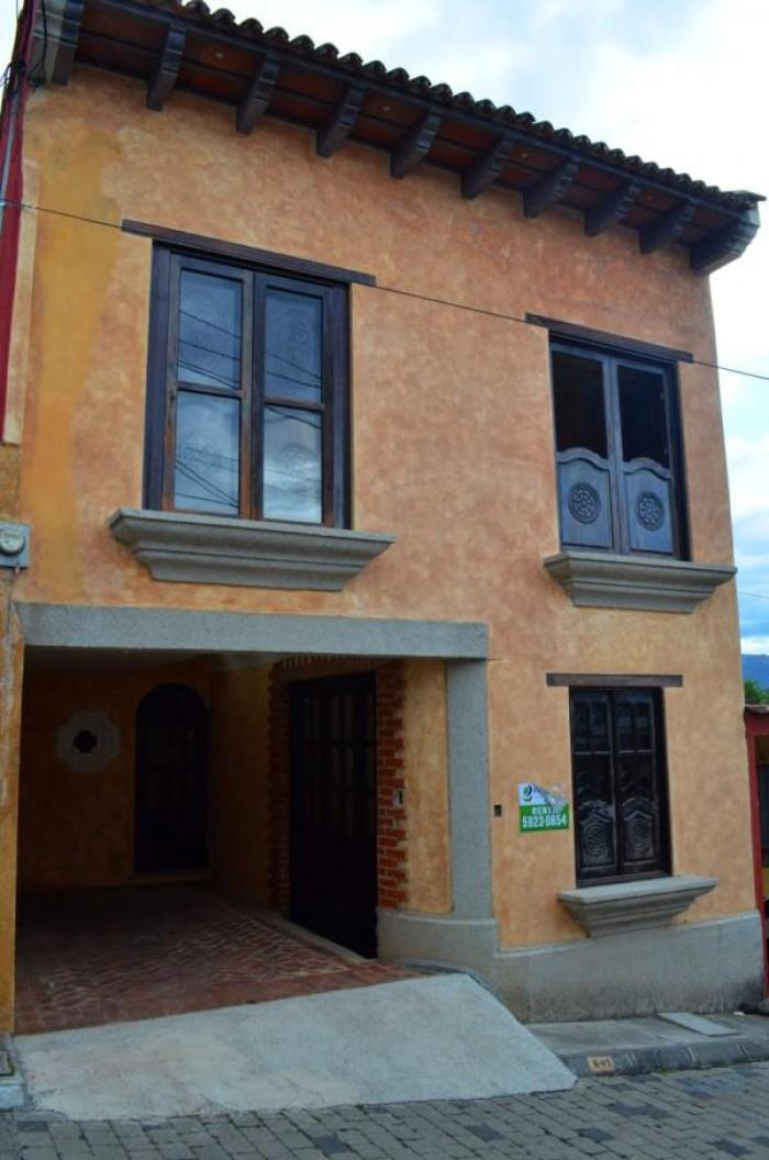 CityMax Antigua renta casa en San Miguel Escobar