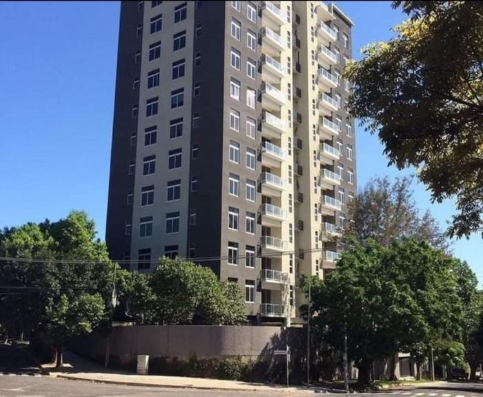 Alquiler de Apartamento semi amueblado en San Benito