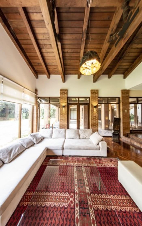 Rento casa grande en exclusivo condominio de Z. 14