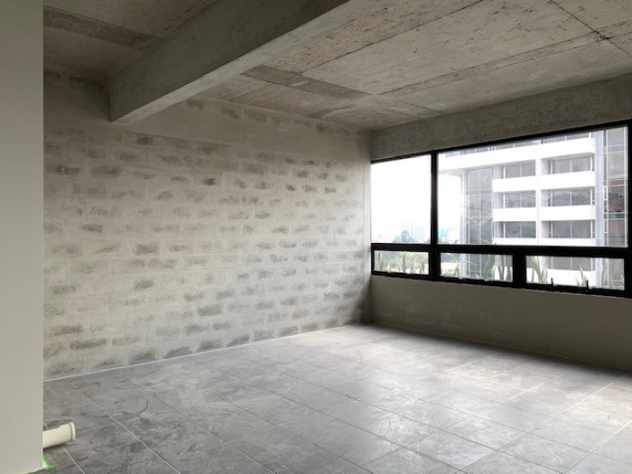ALQUILER oficina para estrenar en Edificio zona 9
