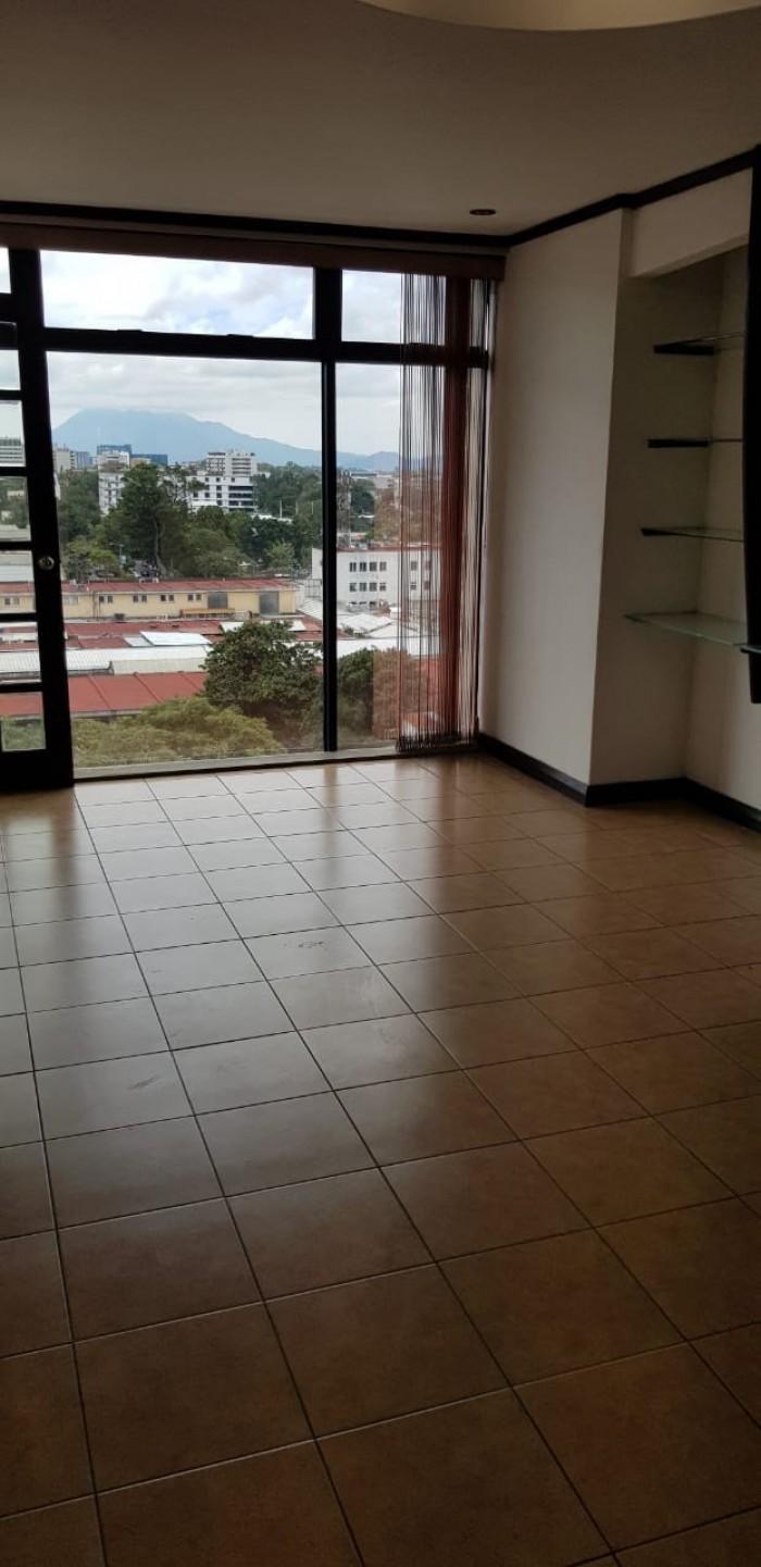 Oficina en Renta Zona 9 Edificio Aristos Reforma