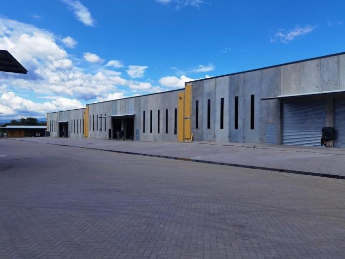 Alquiler bodega industrial en La Ribera Belén Heredia