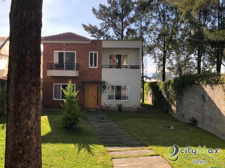 Renta de casa dentro del sector de Chimaltenango!