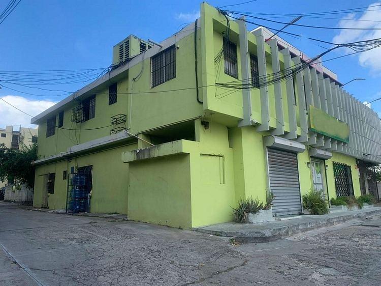 Edificio Comercial en Venta, Av 27 de Febrero