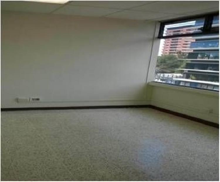 CityMax alquila oficina amplia en zona 10