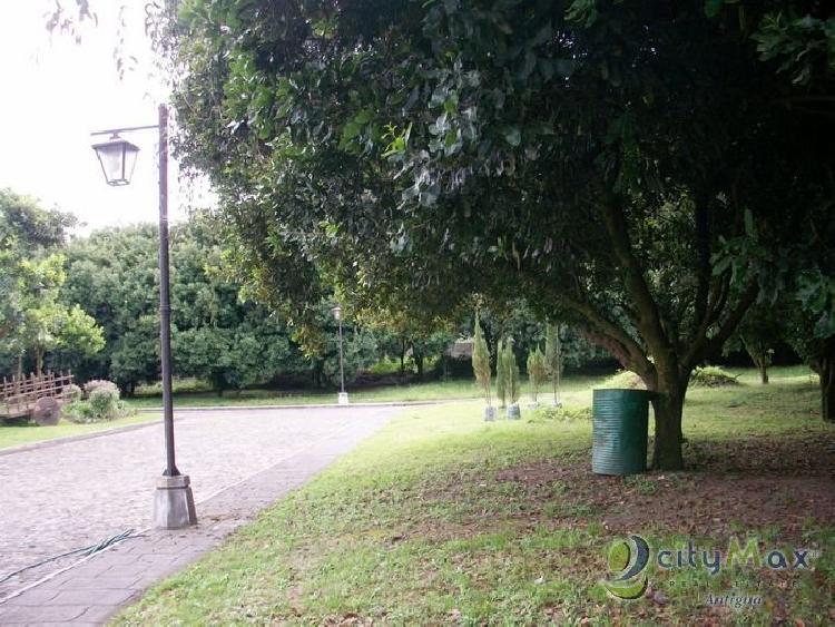 Lote en Hacienda del Comendador promueve CityMax