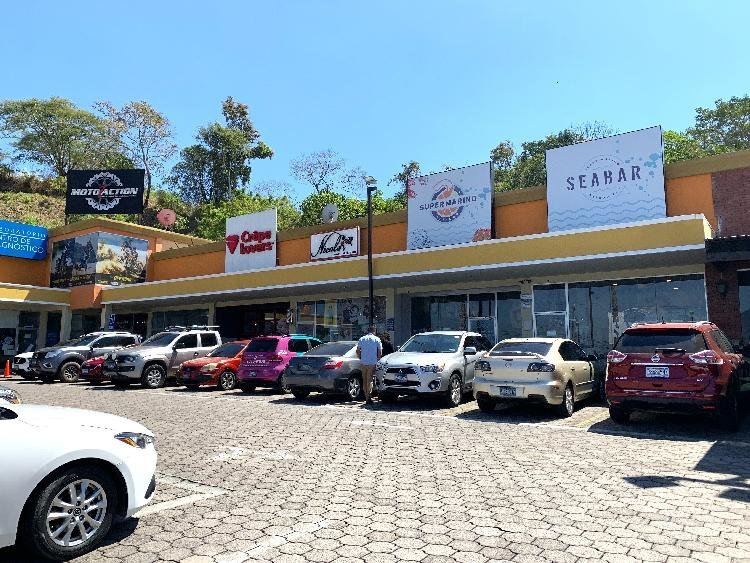 Santa Elena, local comercial en alquiler, 50 mts2.