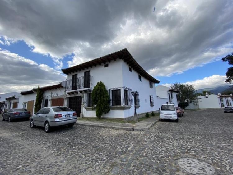 CityMax Antigua renta casa en residencial de Antigua!!